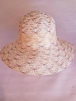Жіночі капелюхи з квіткою