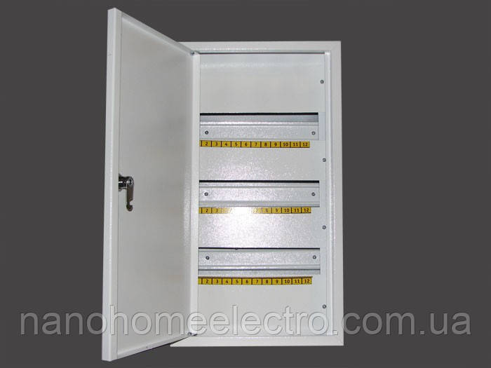 Шкаф металлический распределительный на 36 автоматов (Накладной; Внутренний)