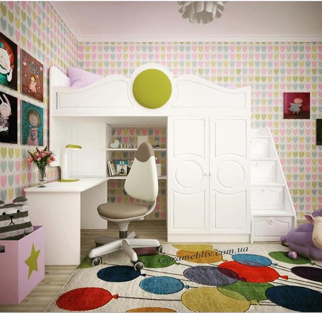 На фото:кровать-чердак с фасадами МДФ, со столом, шкафом и приставной лестницей-комодом.