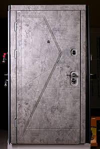 Элитная трёх-контурная входная дверь, сталь 2 мм.