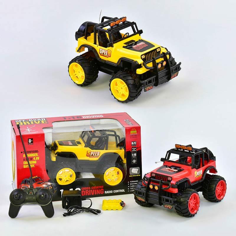 Машина 1068 (2 вида) в коробке