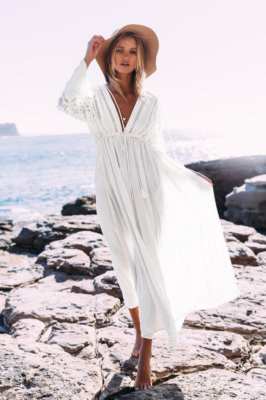 Пляжное белое платье миди с кружевными вставками  и рукавами, фото 1