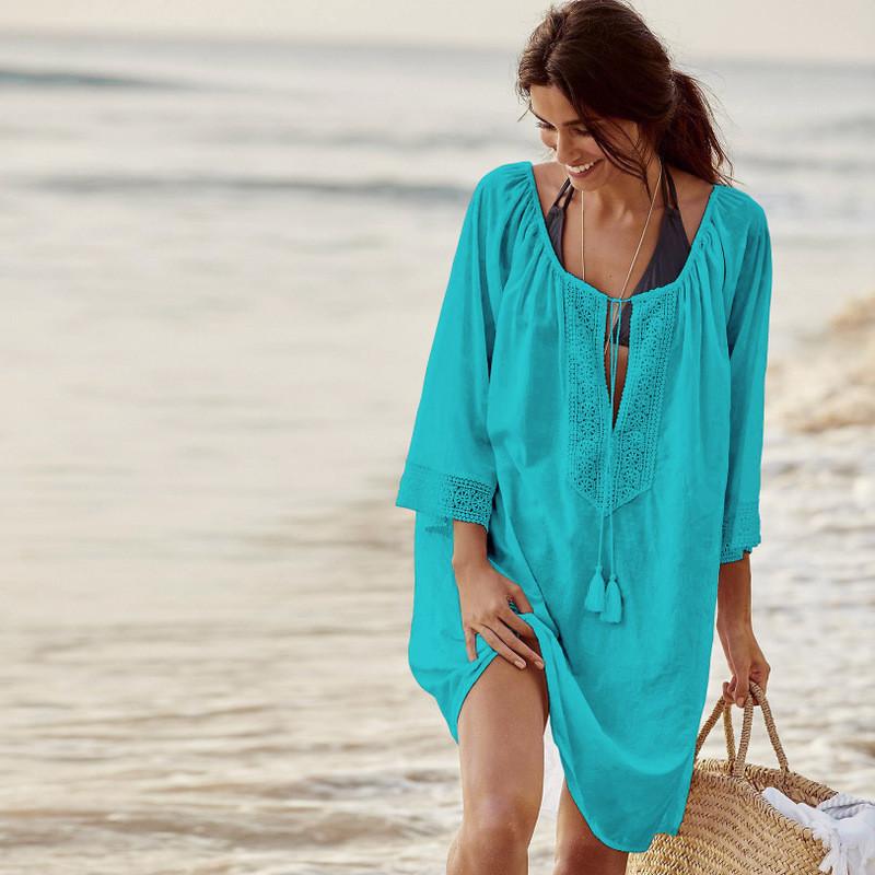 Туника пляжная голубая с кружевами