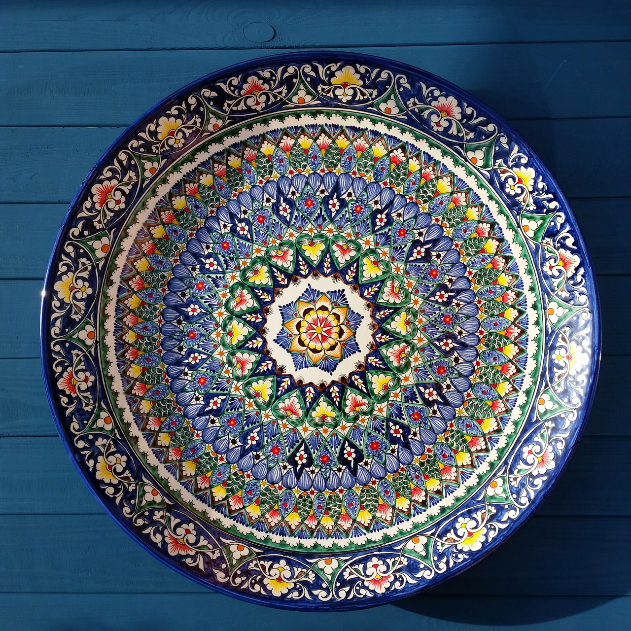 Большое узбекское блюдо из керамики d 55 см.