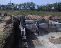 Монтаж Фундаментных блоков с заполнением швов