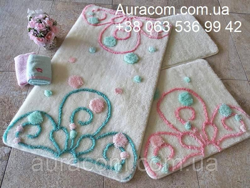 Коврики в ванную, в наборе три коврика