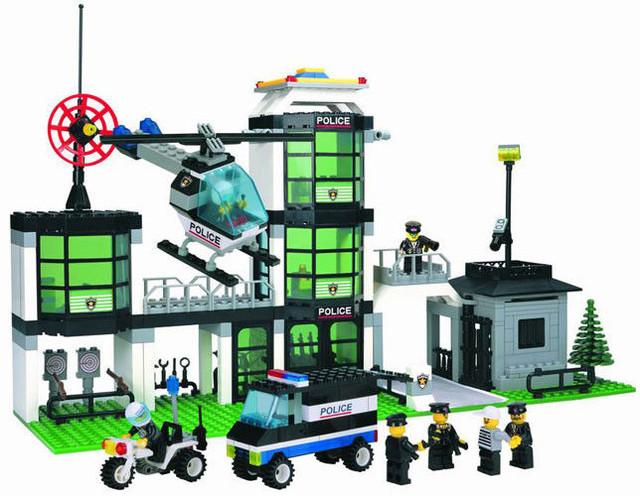"""Конструктор Brick 110 """"Полицейский участок"""", 430 деталей"""