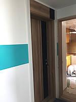 Ламинированная дверь пленкой софттач + орех грецкий с фрамугой