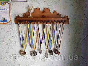 Медальница \ Полка для меладей из дерева.