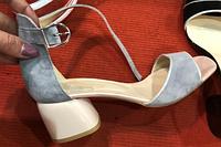 Босоножки серые замшевые на устойчивом каблуке