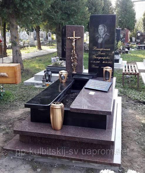 Елітний пам'ятник надгробний з бронзовим хрестом L0105