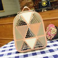 Рюкзак женский розовый с треугольниками