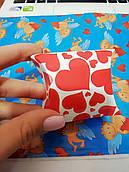 Картонная коробочка Красные сердца