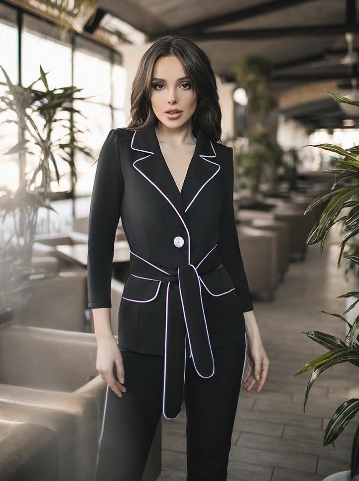 098e740ad76 Женский брючный костюм (пиджак и брюки). Чёрный