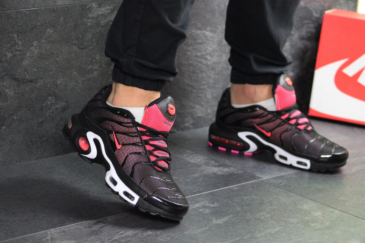 f61663b8 Мужские кроссовки Nike Air Max 95 TN Plus черный с розовым (Реплика) - 2para