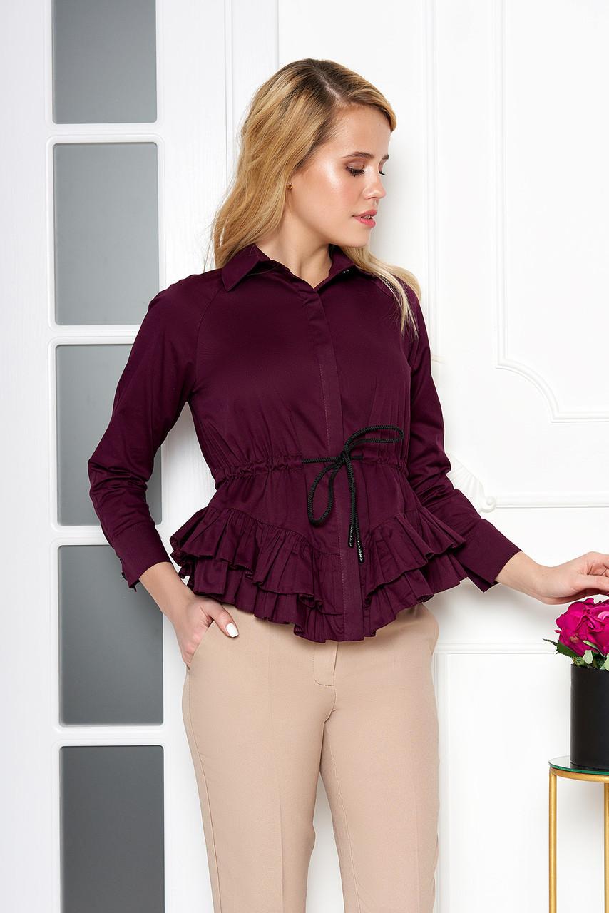 Красивая блузка с поясом и рюшами фиолетовая