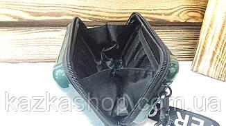 Пластиковый женский клатч прямоугольной формы на один отдел с регулируемым ремешком, фото 3