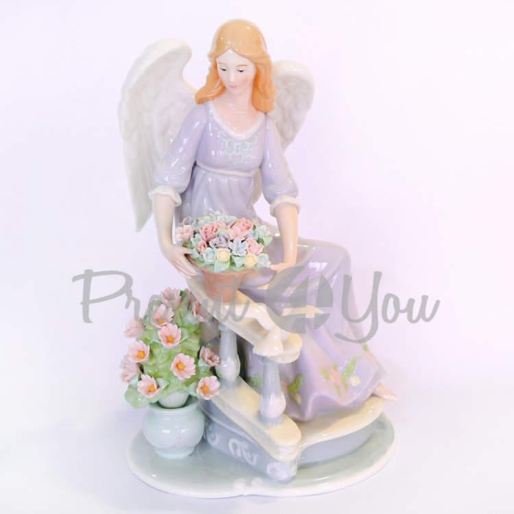 Фигурка «Ангел и цветы», h-29,8 см (350-3065)