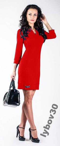 Платье женское с брошью нарядное красивое