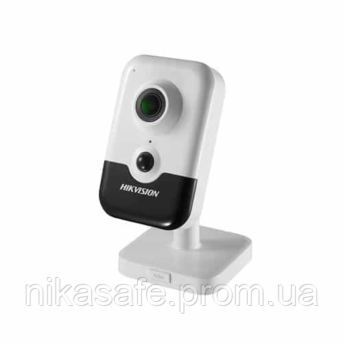 2Mp Hikvision DS-2CD2423G0-IW видеокамера IP