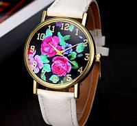 Наручные часы женские с цветочным принтом