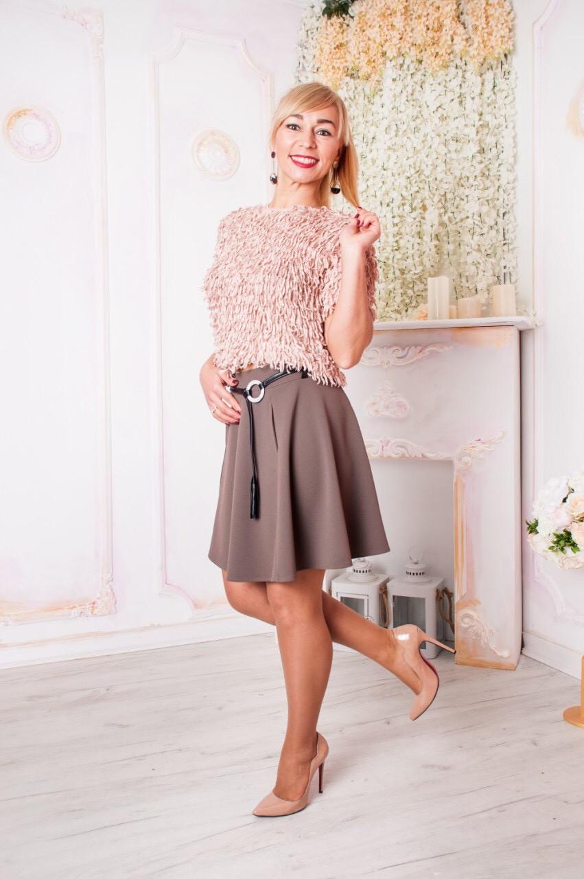 Молодежная юбка с карманами Арина бежевая