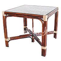 Стол обеденный квадратный (коньяк)