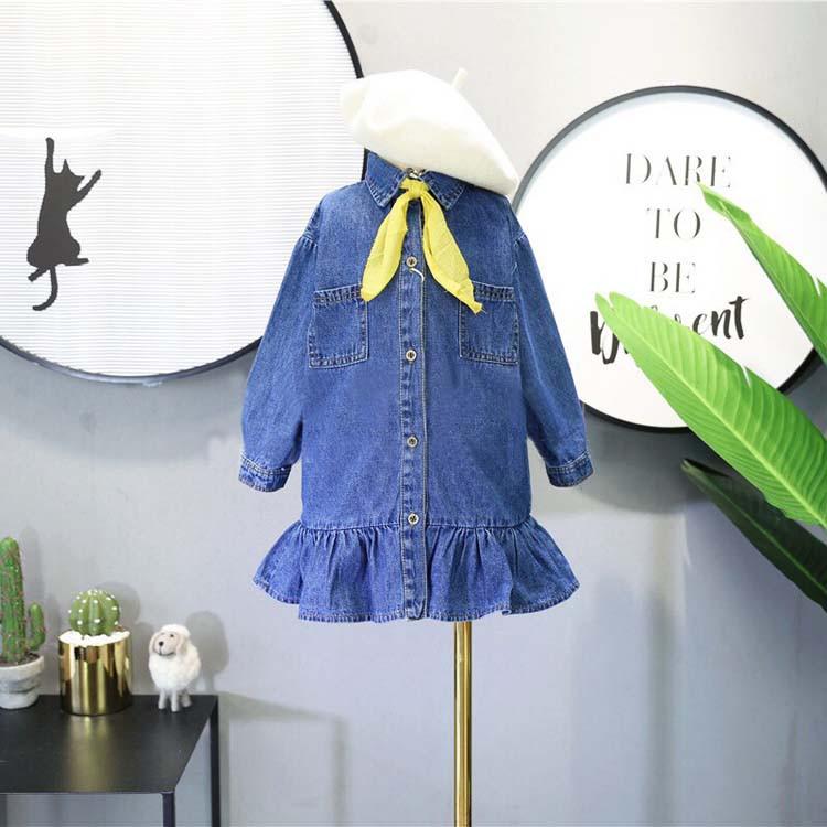 Детское джинсовое платье на пуговицах