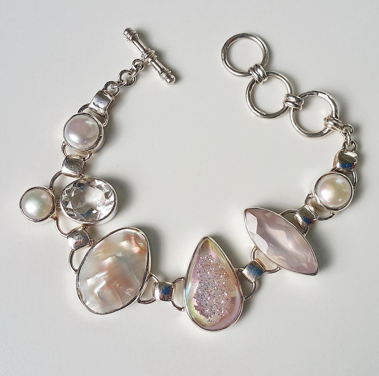 Серебряные браслеты из натуральных камней