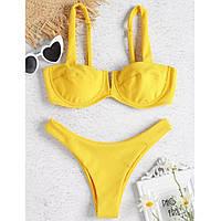 Желтый бикини