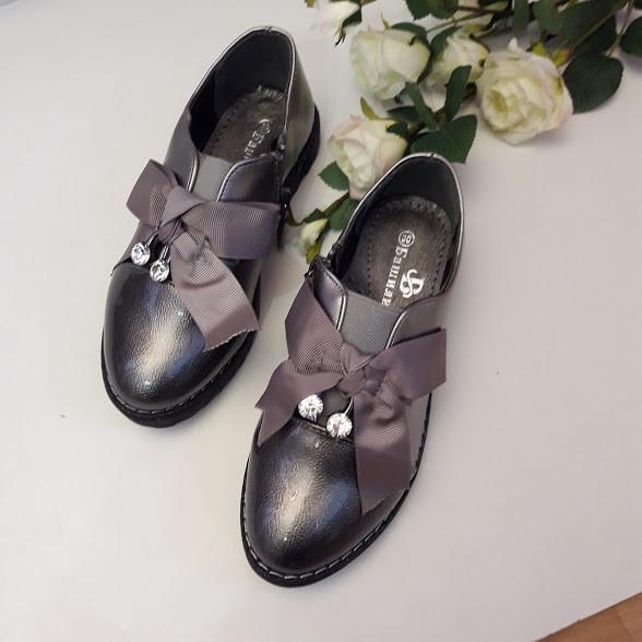 Туфлі дитячі для дівчинки. Тільки 30 і 31 розміри!