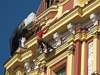 Реставрация фасада зданий, колонн на высоте