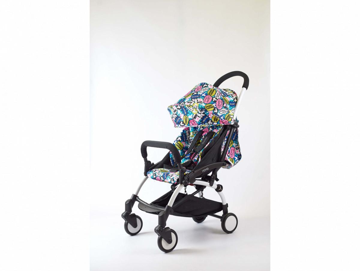 Детская коляска YOYA 175A+ Хепи смаил черная рама