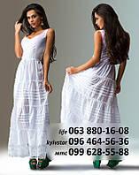 Легкое летнее платье из коттона с длиннной, широкой юбкой, декорированной оборками, вышивкой, белое