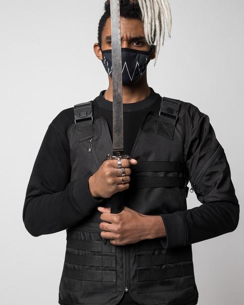 Жилет чорний хайповий Кано (Kano) чоловічий від бренду ТУР