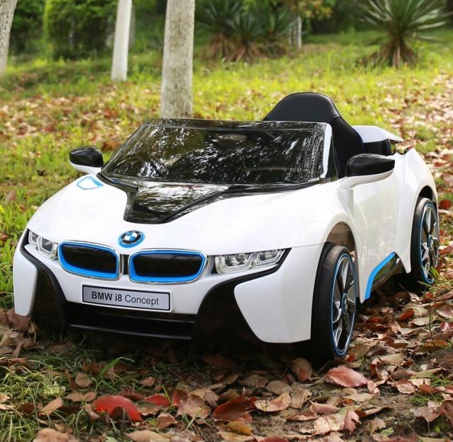 Детский электромобиль BMW i8 JE168 белый на пульте ...