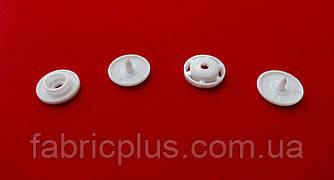 Кнопка пластиковая 12 мм белая (4 детали)