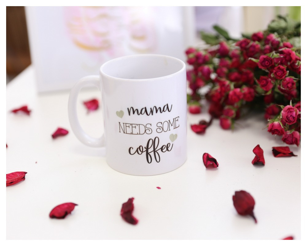"Чашка ""Mama needs some coffee"""