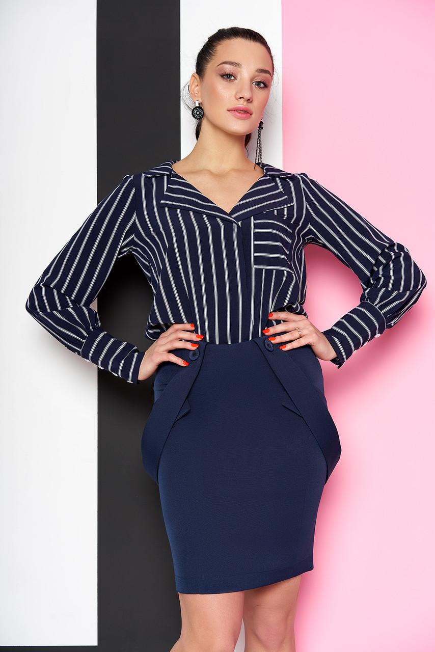 Стильная женская рубашка в полоску темно-синяя
