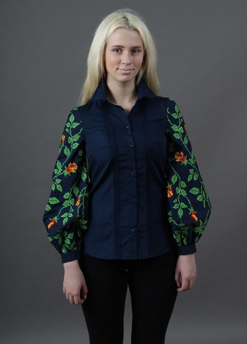 Женская вышитая рубашка в современном стиле