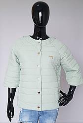Весенняя женская курточка на кнопках рукав три четверти