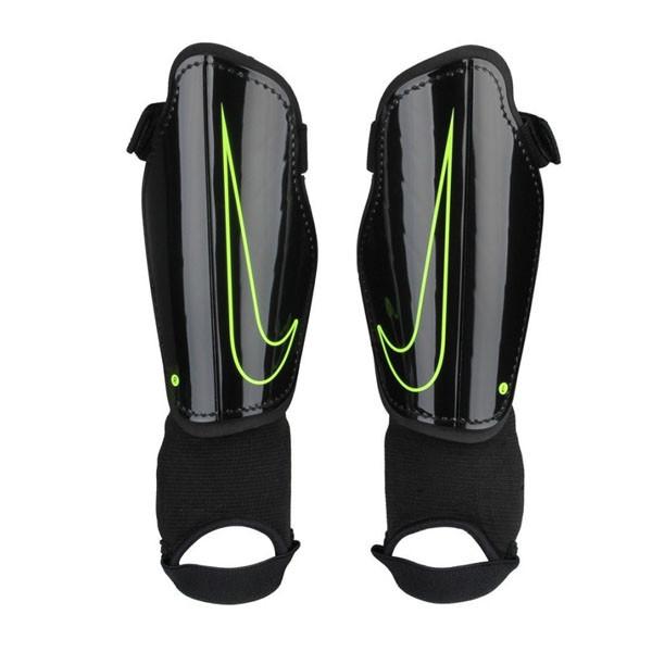 8379f388 Щитки детские Nike Charge 2.0 Junior 010 (SP2079-010), цена 498 грн ...