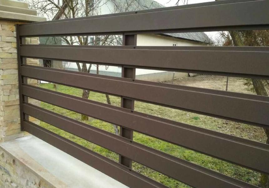 Забор горизонтальный металлический одностороннее заполнение Ранчо Oberig