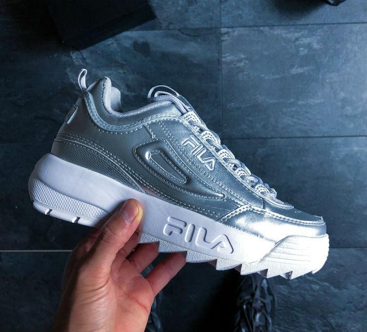 4d5310f1 Fila Disruptor 2 Silver   женские кроссовки; серебристые; кожаные; фила -  ISneakers в