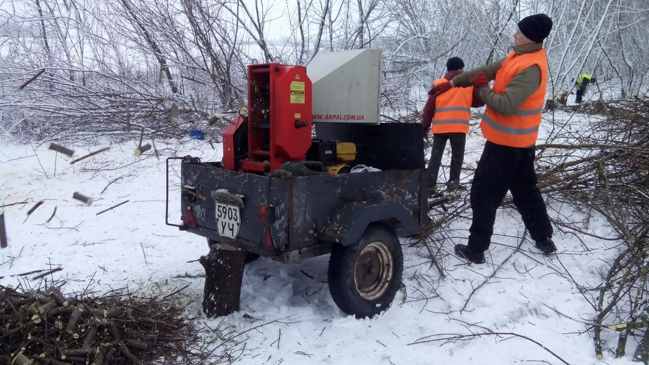 Дробилка веток Киев Аренда.Измельчитель веток