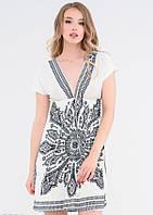 2169f714833 Платье Белое короткое с орнаментом и V-образными вырезами спереди и сзади  (S
