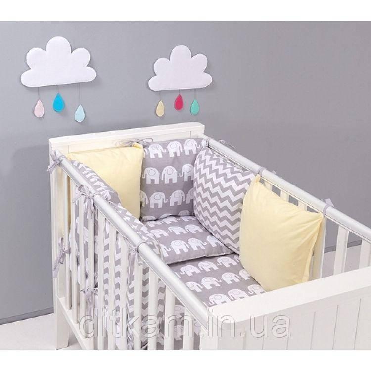 Комплект в кроватку Хатка 17 в 1 Слоны бежевый с серым