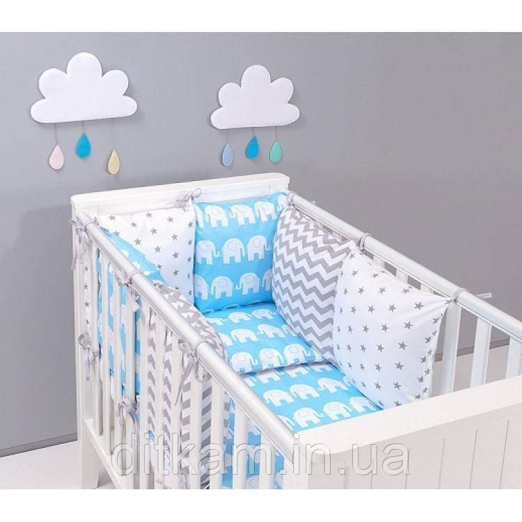 Комплект в кроватку Хатка 17 в 1 Слоны на голубом с серыми звездами