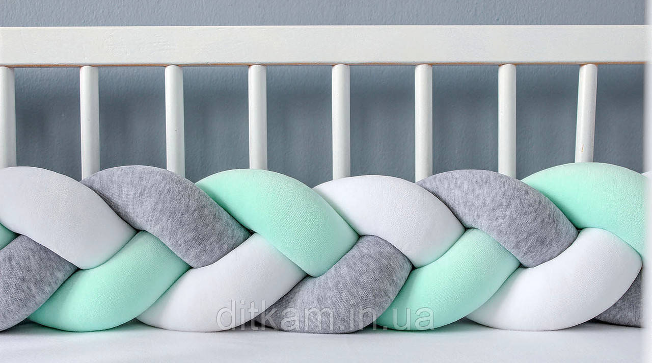 Бортик в кроватку Хатка Косичка Мятно-Серый с Белым
