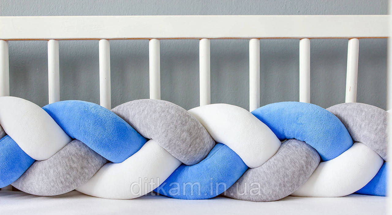 Бортик в кроватку Хатка Косичка Бело-Синий с Серым Мини
